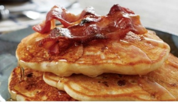 Gingerbread Pancakes with Crispy Parma Ham & Maple Syrup